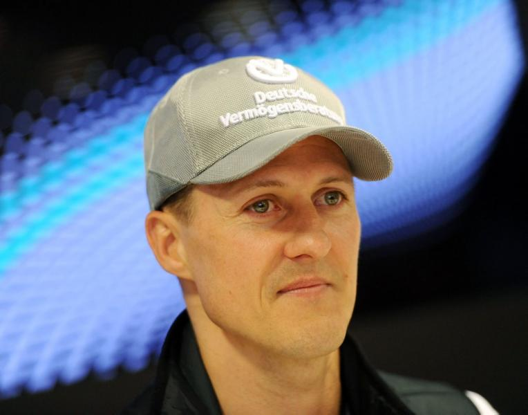 Michael Schumacher geht in der phase der rehabilitation/ AFP